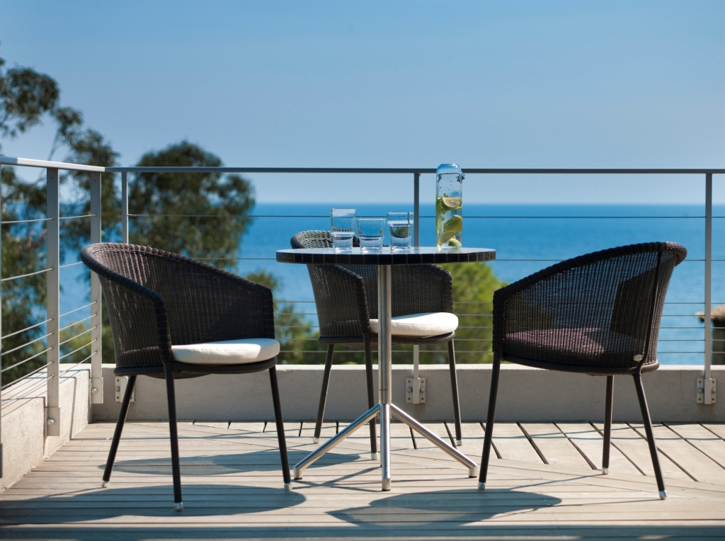 meble na balkon eco design. Black Bedroom Furniture Sets. Home Design Ideas