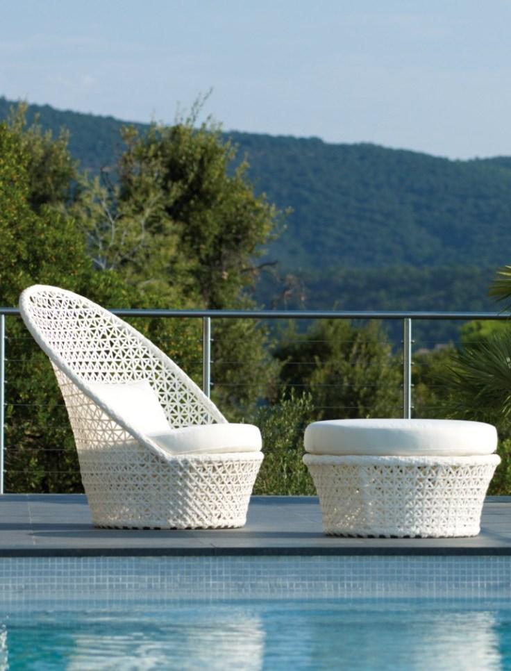 Białe meble ogrodowe. Kingston Sunchair. Cane-line