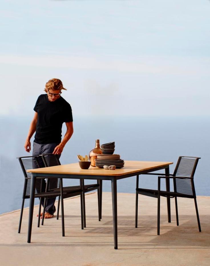 EDGE krzesła strunowe i stół CORE Lavagrey 210x100