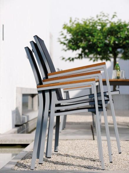 NEW LEVANTO sztaplowanie krzeseł
