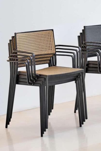 LESS Cane-line krzesła z francuską plecionką