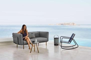 URBAN Cane-line sofa do wnętrz i ogrodów. Design ByKATO