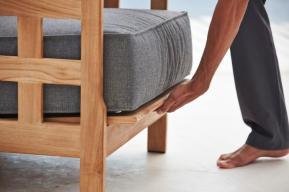 SQUARE fotel teakowy Cane-line. Design by Foersom & Hiort-Lorenzen
