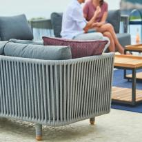 MOMENTS Cane-line sofa