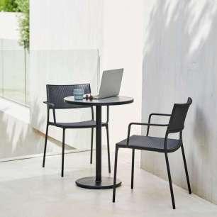 LESS Cane-line ze stołem kawowym